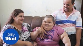 Meet the 5-year-old boy who weighs more than 12 stone - Daily Mail