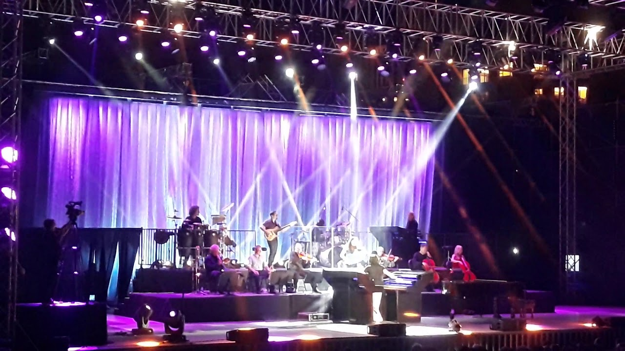 Yanni Live Concert in Lebanon 2019 At Beirut Waterfront with Lindsay Deutsch