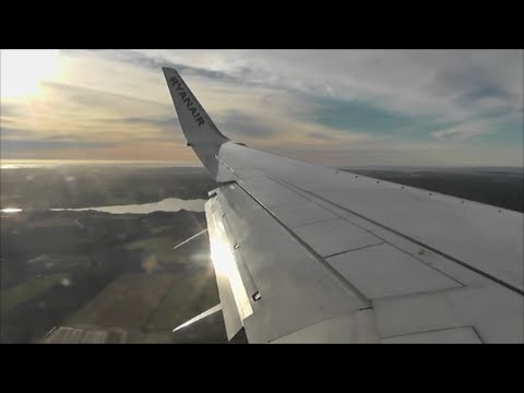 Ryanair Boeing 737-800 | London Stansted to Oslo Rygge *Full Flight*