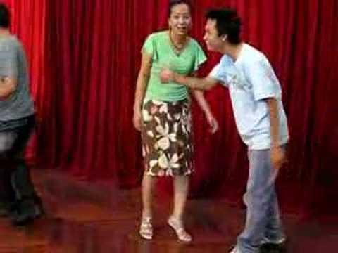 Khai giảng lớp học khiêu vũ