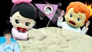 Kevin and Little Kevin Little Carrie's Tiny Hands Conquer Sand | Carrie and play