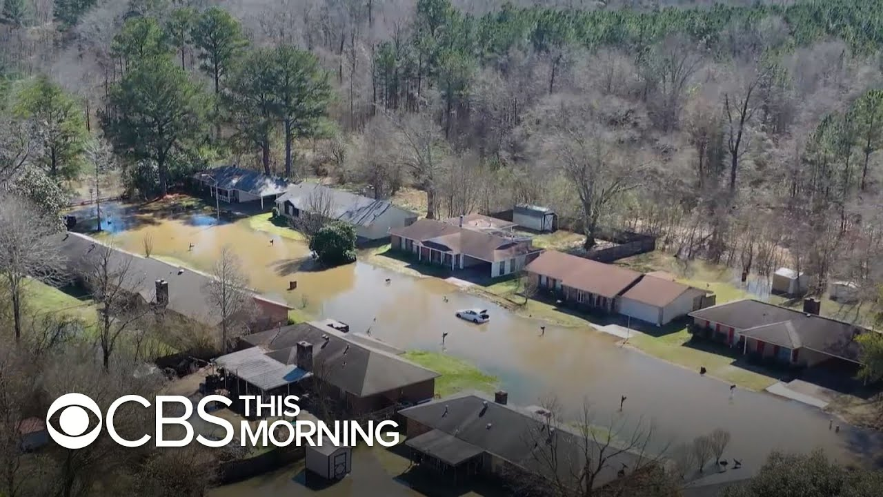 Mississippi's Pearl River reaches historic flood levels