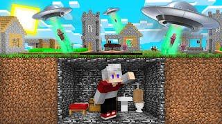 КАК МНЕ ПЕРЕЖИТЬ АТАКУ НЛО В МАЙНКРАФТ 100% Троллинг Ловушка Minecraft