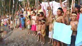 Индейцы заблокировали добычу нефти в Перу (новости)(, 2015-01-30T08:16:41.000Z)