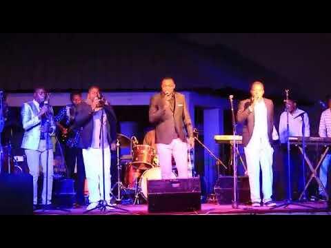 Sambileno live avec le frère Yannick N'tumba