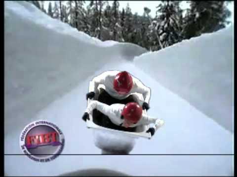 Panpan et lolo au championnat du monde bobsleigh au quebec.