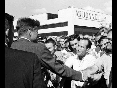 JFK VISITS THE McDONNELL AIRCRAFT PLANT IN ST. LOUIS, MISSOURI (SEPTEMBER 12, 1962)