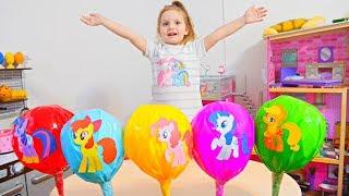 Mega bomboane acadele colorate cu surprize Invatam culorile cu Like Sara