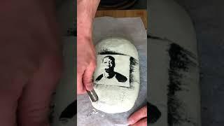 Выпечка хлеба с рисунком khaby lame SHORTS Рецепт хлеба в основных видео на YouTube
