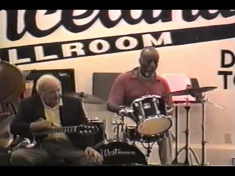 """DICK HYMAN SOLO PIANO IN CLARION BALLROOM DURING THE BIX JAZZ FESTIVAL 7/27-30/06  """"JAZZ ME BLUES"""""""
