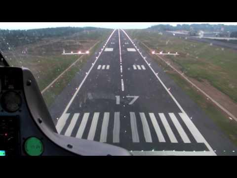 Aterrizaje lluvioso en LEST