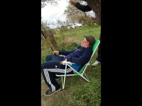 Broma ,pescando , susto , amigos, Martín Rossi