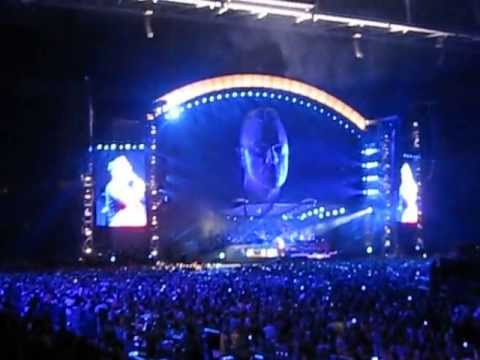 Robbie Williams - Angels (encore, a cappella with audience). Live @ Amsterdam ArenA