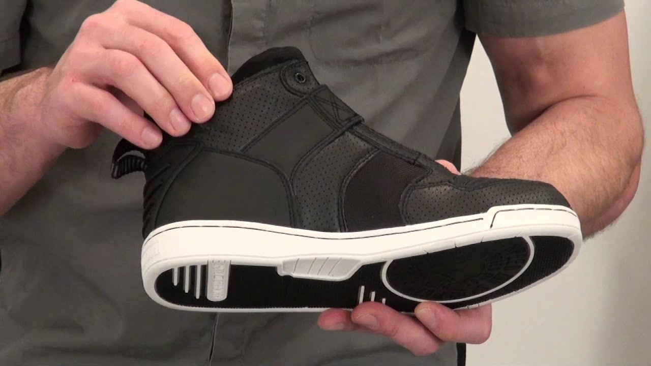 0d408b35f792da Speed and Strength Run With The Bulls Moto Shoes Review from  SportbikeTrackGear.com
