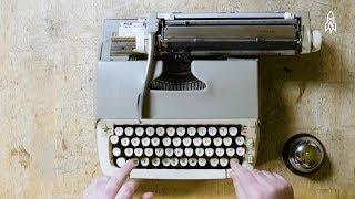 موسيقى تعزفها أوركسترا الآلة الكاتبة