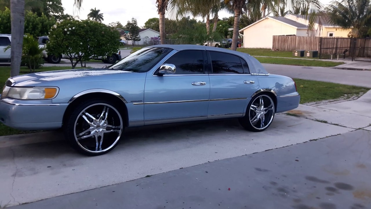 medium resolution of 98 lincoln town car on 24