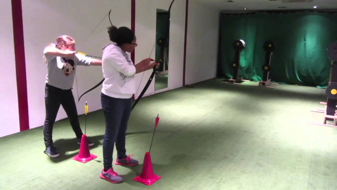 Archery rolling target with first timers