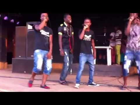 K2B Block doing their set at a show
