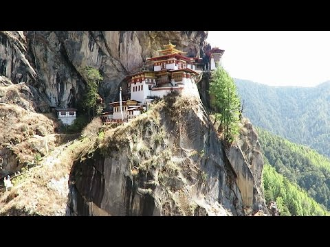 Hiking to Tiger's Nest - Taktsang -  Paro, Bhutan
