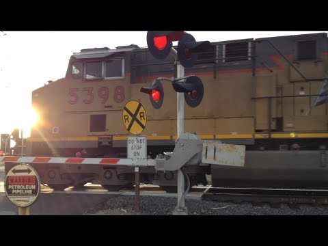 Union Pacific #5398 Train At Athens Avenue Railroad Crossing On The Valley Subdivision (Lincoln, Ca)