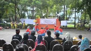 Tari Ganrang Bulo Parade Tari Massal UKM Seni UNM Ganrang Bulo Dance