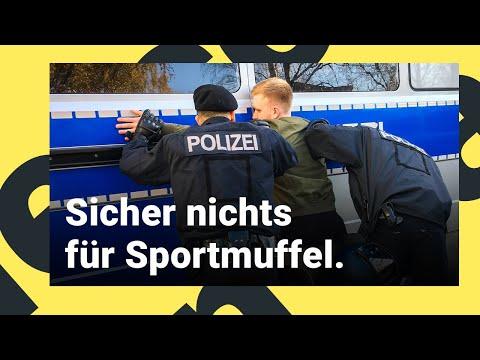Polizist /-in Bei Der Polizei Berlin   Ausbildung In 360°  Dein Erster Tag