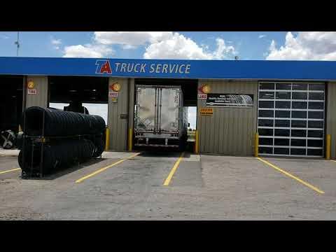 видео: Дальнобой США доставка контейнера в new mexico...  что в контейнере ?