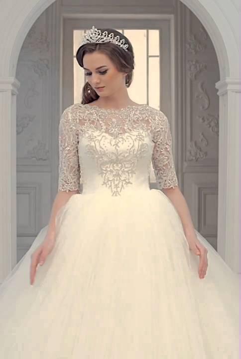 6350066dd9a06 بدلة عروس. فل وياسمين لبدلات العرائس