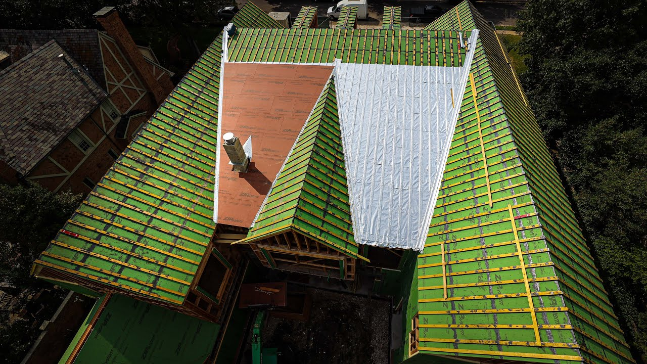 INSULATED/Sealed Roof Deck , WITH Radiant Barrier AND it's Vented...Haven't seen this before!