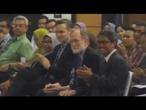 """Kuliah Umum Prof. Dr. Peter Agre """"Opening Doors Worldwide Through Medical Science"""""""