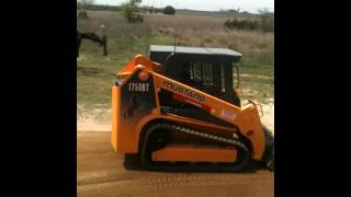 Mustang 1750RT Compact Track Loader