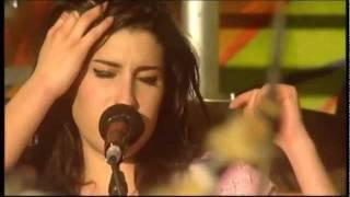 Brother live at Glastonbury 2004 - Amy Winehouse