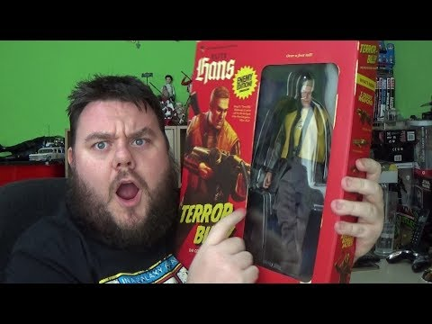 wolfenstein-ii:-new-colossus-collectors-edition---terror-billy-blazkowicz-action-figure-review