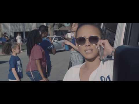 Navé Monjo - Royal Blue [Official Music Video]