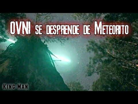 OVNI se desprende de un Meteorito en Egipto, posiblemente lo destruye