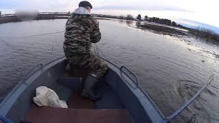 НАКОНЕЦ ТО ВЕСНА Первые дни рыбалки сетями Ушла ЩУКА кг на 4 Мы в ШОКЕ