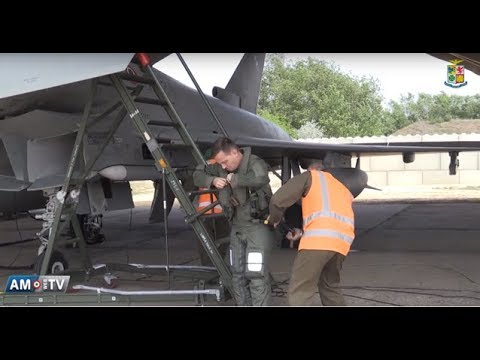Calendario Aeronautica Militare 2020.Gli Incursori Dell Aeronautica Militare Youtube