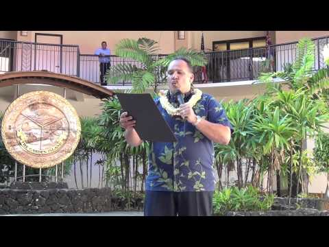 "Mayor Carvalho Proclaims ""Leadership on Kaua`i"" Month (May 2012)"