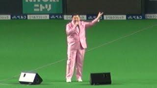 2017年8月19日、札幌ドームでの北海道日本ハムファイターズ公式戦にて、...