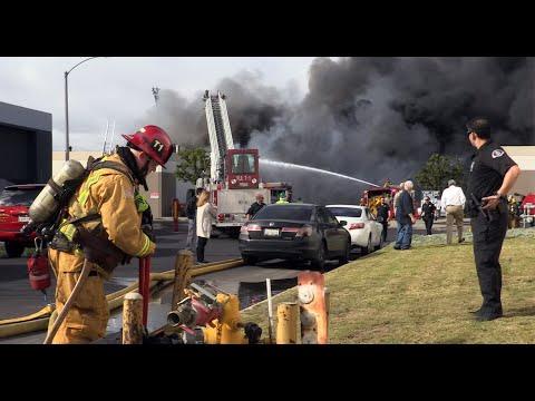 Anaheim California 3-Alarm Structure Fire ( Part 2 )