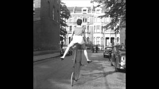 Son Feci Bisiklet - Bu Kiz Resimi