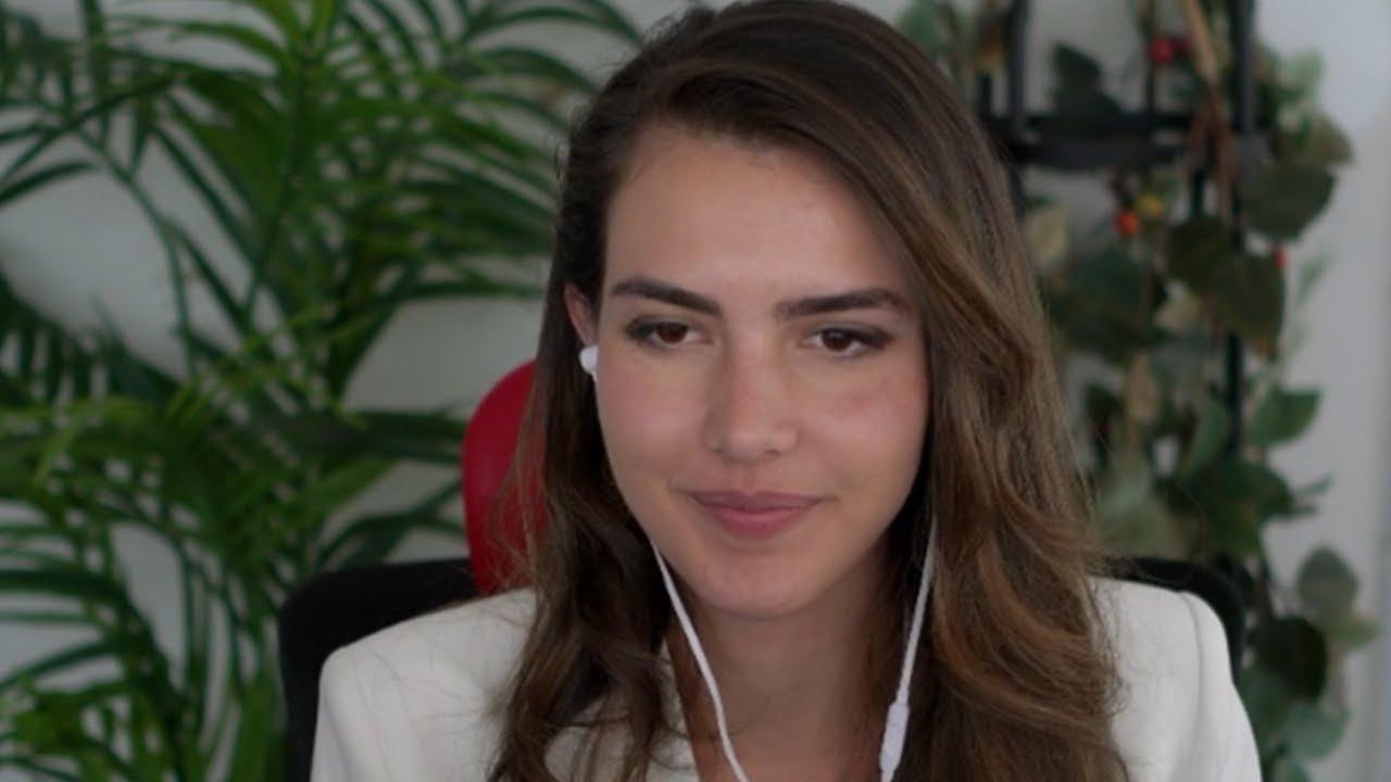 Alexandra got ROASTED on her own stream...