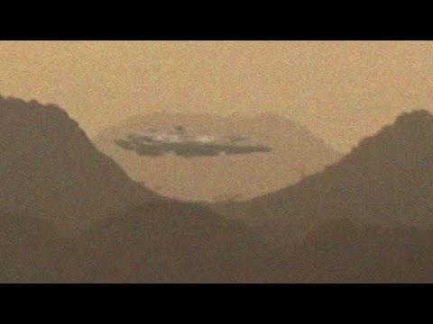 Giant UFO Caught Over Dibba, Oman | UFO Sightings 2016