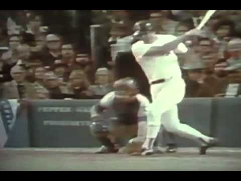 Tommy Lasorda Goes Crazy At Umpires During Reggie Jackson Sticking Leg Out Non Call!
