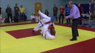Интересный бой 14-летних подростков 60 кг, финал, Кимра 2015г.