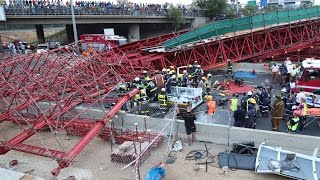 The scaffolding of a pedestrian bridge under construction in Sandton collapsed on the M1 highway on Wednesday, killing 2 people and injuring at least 23 others.
