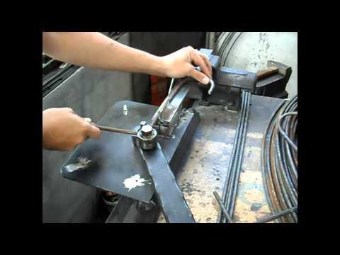 Homemade metal rod bender