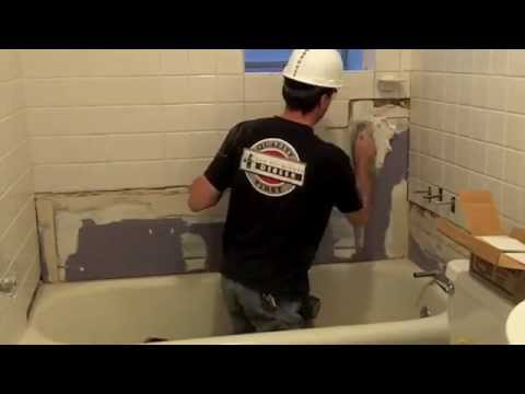 repairing-bath-tile-in-an-apartment