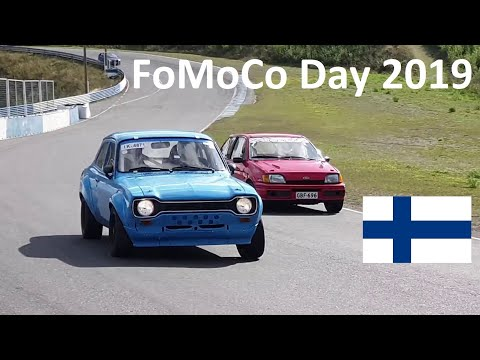 FoMoCo Day 2019 #2 Fast Fords on Track! - Sine's Car VLOG #36