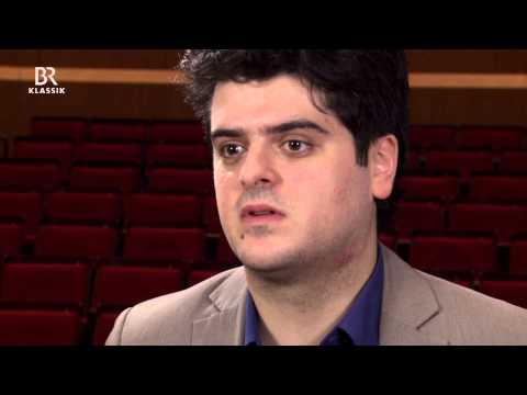 MIchael Barenboim probt Schönbergs Violinkonzert